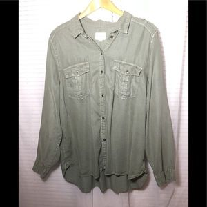 American Eagle Women's Size XXL Button Up NWT